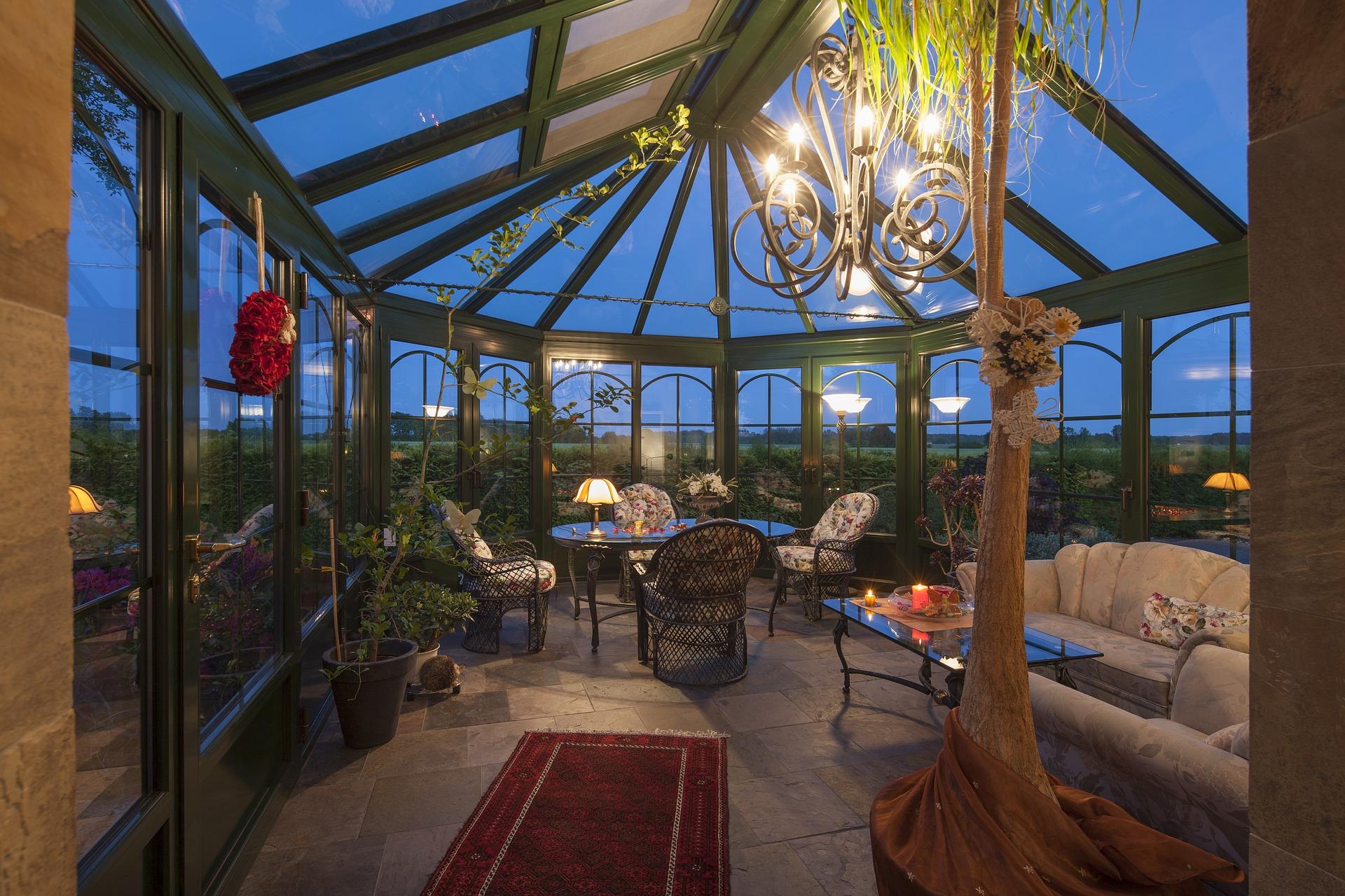 Ob Wintergarten oder überdachte Terrasse, beides zeugt von Stil und Geschmack.