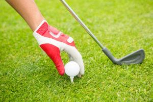 Golf spielen ist kein billiges Vergnügen, aber längst auch keine elitäre Sportart mehr.
