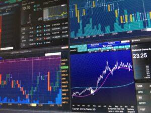 ETF verursachen in der Regel deutlich geringere Kosten als gemanagte Fonds. Foto: FotoArtist via Twenty20