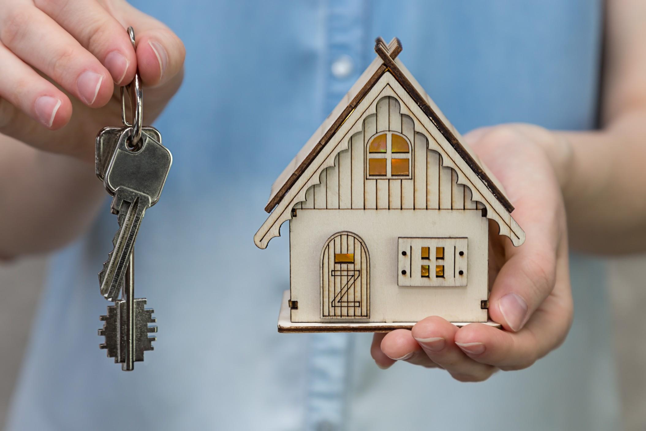 Einen Immobilienmakler zu beauftragen kann viele Vorteile haben. Foto @TatianaMara via Twenty20