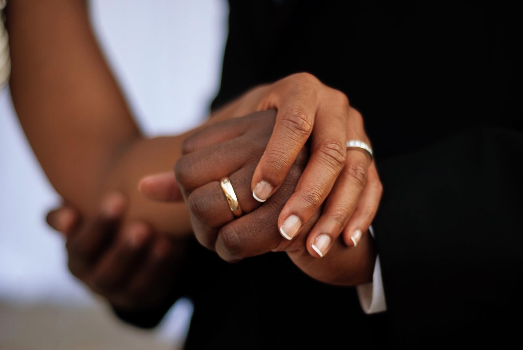 Die Kosten von Eheringen hängen von einigen unterschiedlichen Faktoren ab. Foto shanmccauley via Twenty20